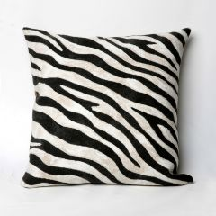 Liora Manne Visions I Zebra Indoor/Outdoor Pillow Black