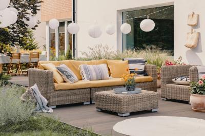 6 Summer Patio Decorating Ideas
